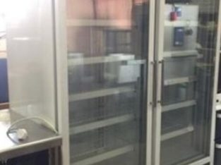 Polar GH507 Double Glass Door Upright Freezer