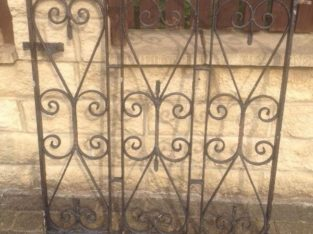 Black Heavy-Duty Iron,Steel Gate With Original Solid Steel Post,Bargain At £45,H=34