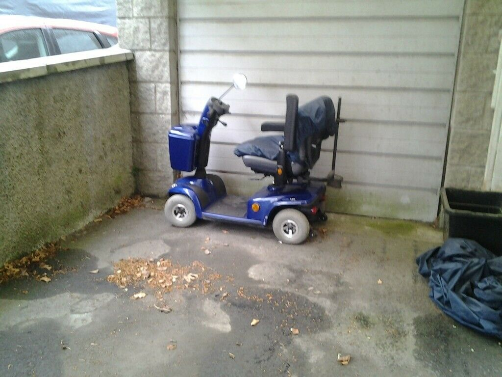 Mobility blue Scooter £550 07910052395
