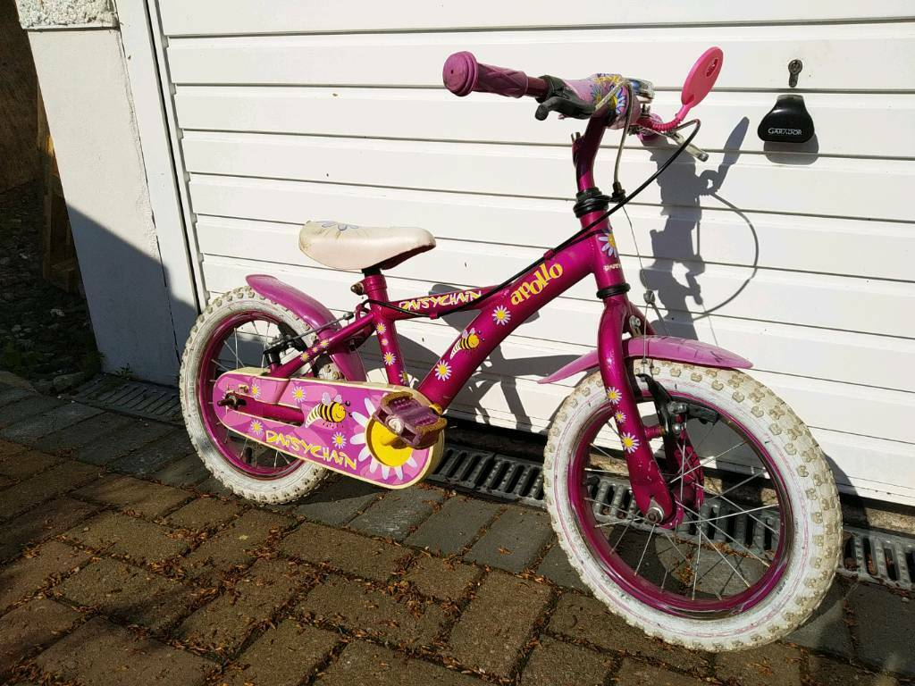 Cheap girls bike. 14 inch wheels.