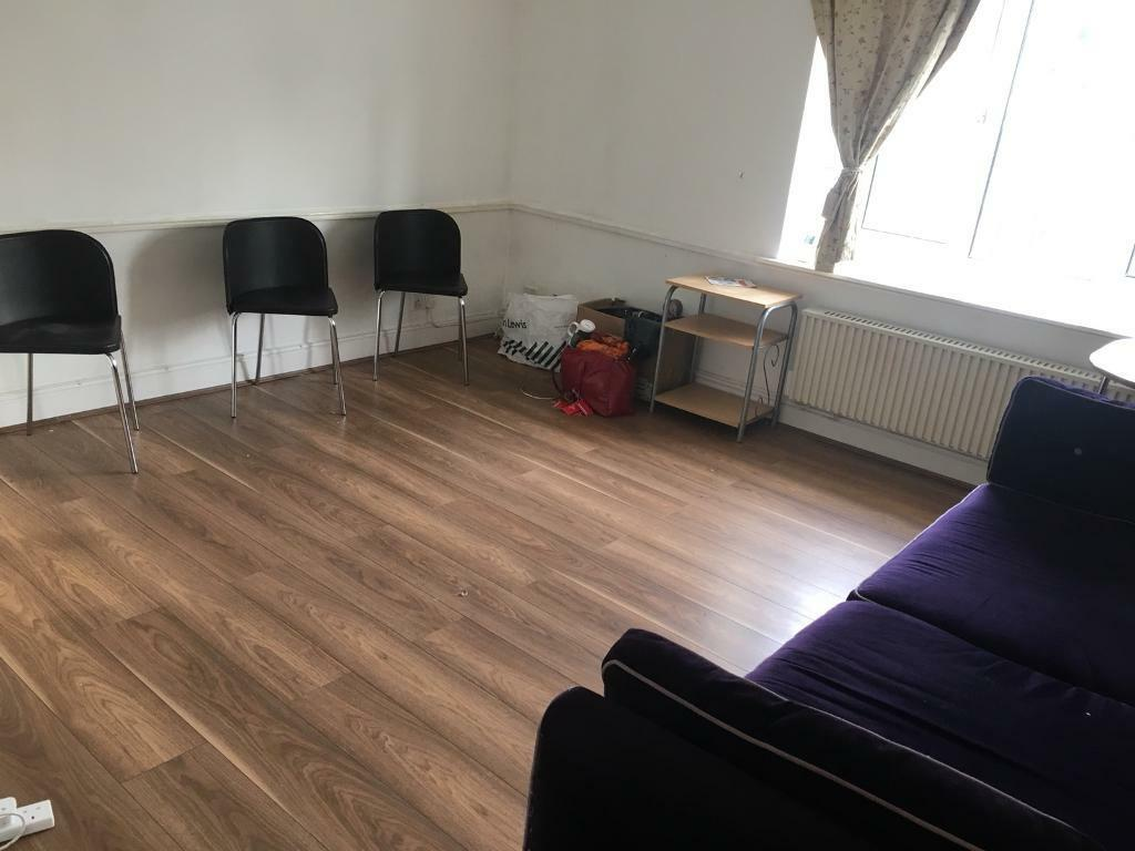 Beautifull 2 bedroom flat to let in spring close near chadwell heath station Dss wellcome.