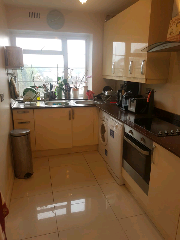 1 bedroom flat in Mulberry Close, Courtney House, Hendon, NW4