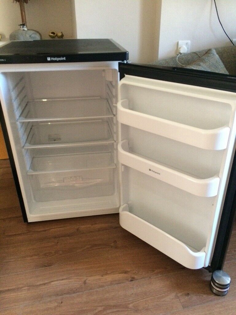 Black Under counter fridge.Excellent condition