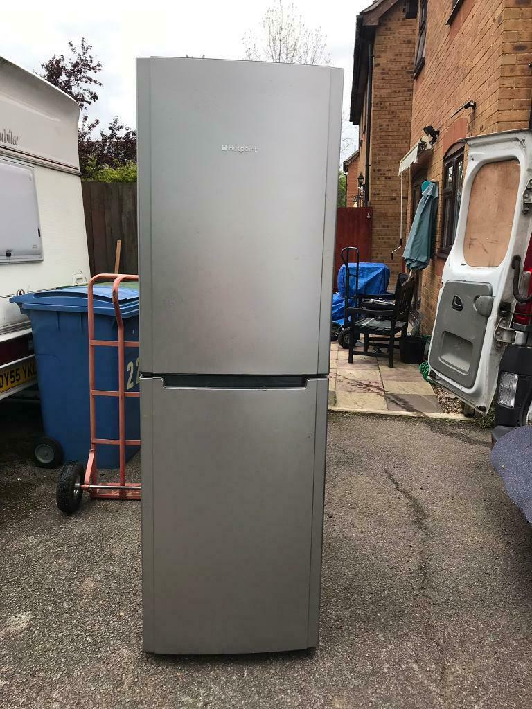 Tall Silver Hotpoint Frost Free Fridge/Freezer… ** DELIVERY AVAILABLE **