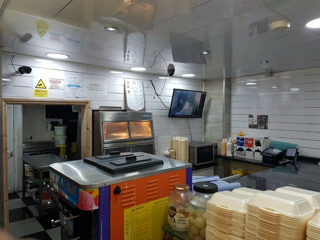 Fully Functional prime location fast food restaurant near Clapton—Viewing Strictly by appointment