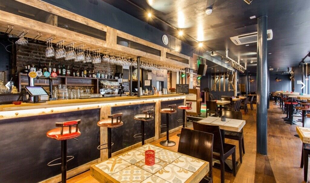 Spacious A3 Restaurant & Event Space, Upper Street, Islington to rent