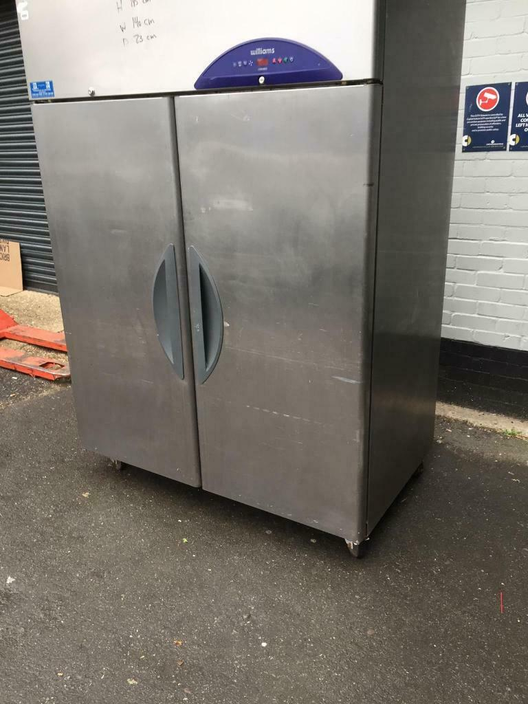 Commercial double door fridge for shop cafe restaurant takeaway bakery pizza buffet