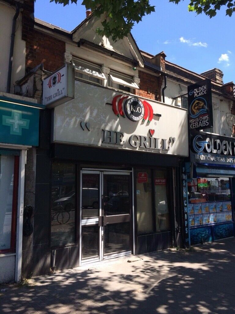 SALE SALE TAKEAWAY & RESTAURANT SHOP TO LET IN CHINGFORD