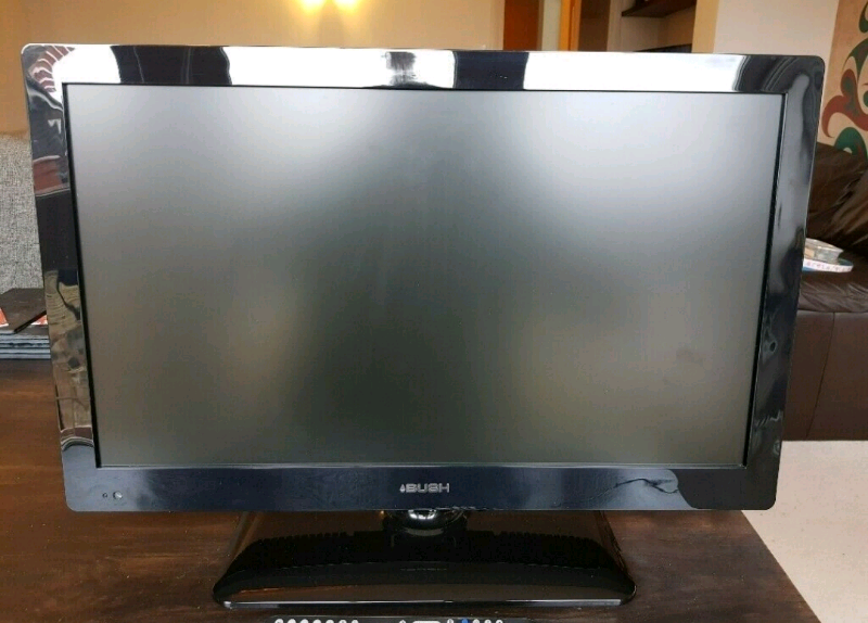 Bush 24″ led tv with remote freeview