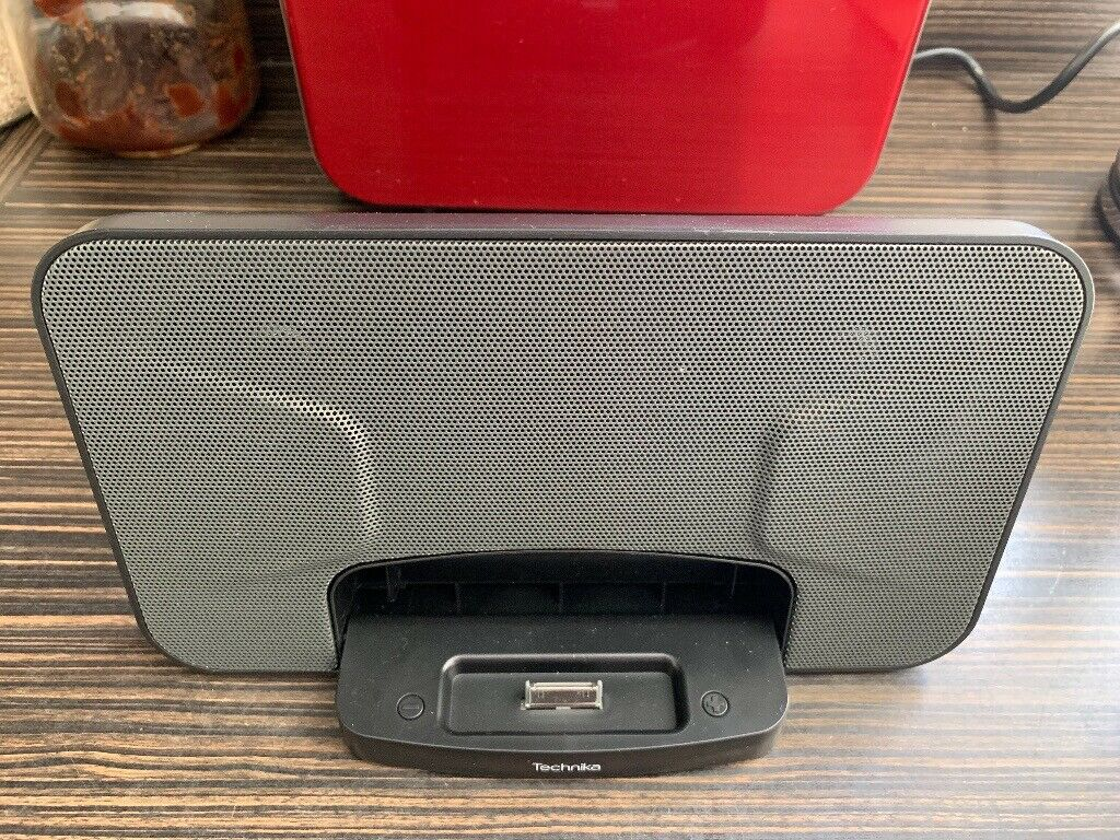 Technika Travel Speaker Dock