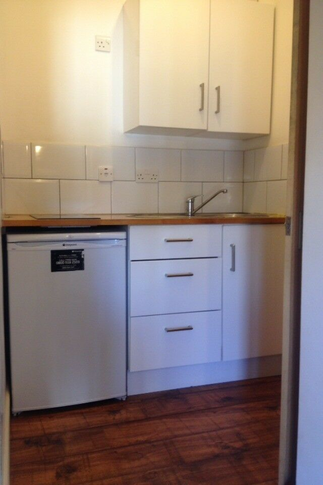 1 ONE BED BEDROOM STUDIO FLAT LONDON SE18 WOOLWICH PLUMSTEAD ABBEYWOOD CHARLTON CRAYFORD PRIVATE !!!