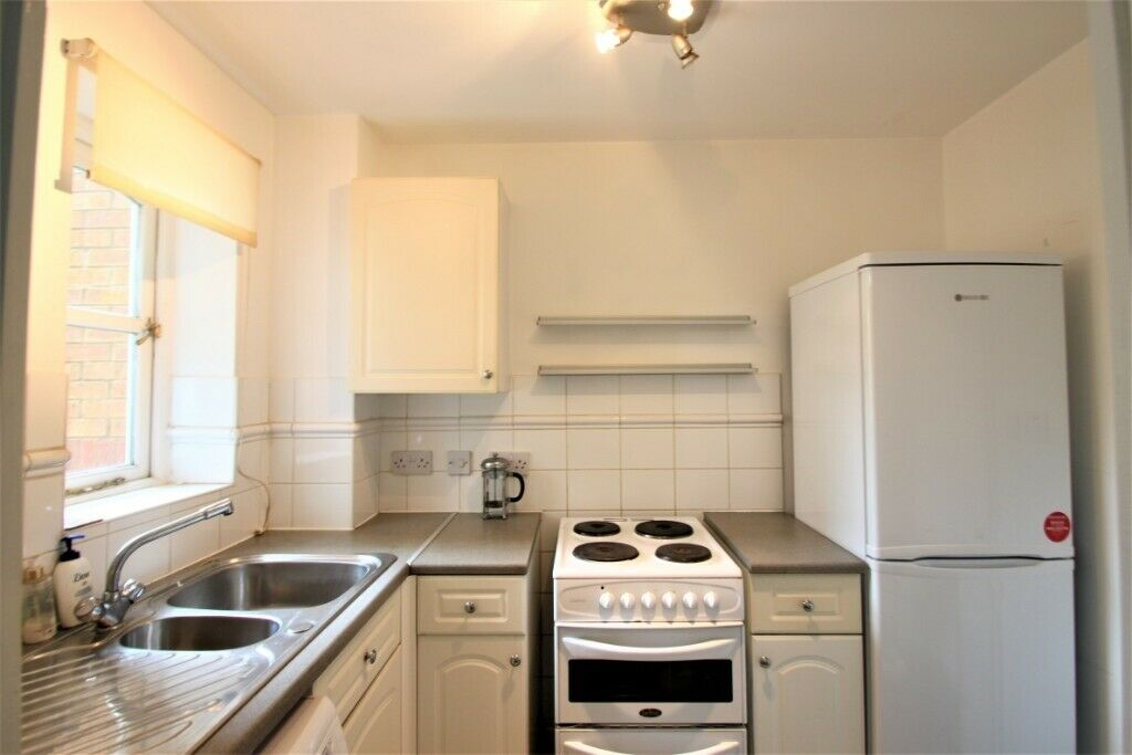 Great location bedroom flat for rent CALL NOW FOR A VIEWING CLOSE FROM CRICKLEWOOD