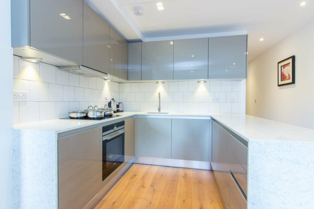 LUXURY 1 BED WESTWORTH HOUSE W6 HAMMERSMITH RAVENCOURT PARK BARONS COURT BROOK GREEN GOLDHAWK