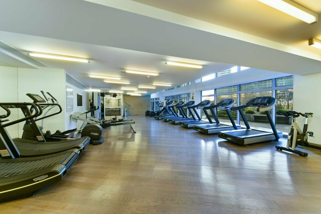 LONDON VIEW FURHISHED HIGH FLOOR STUDIO IN PAN PENINSULA CANARY WHARF WITH GYM POOL E24 MB