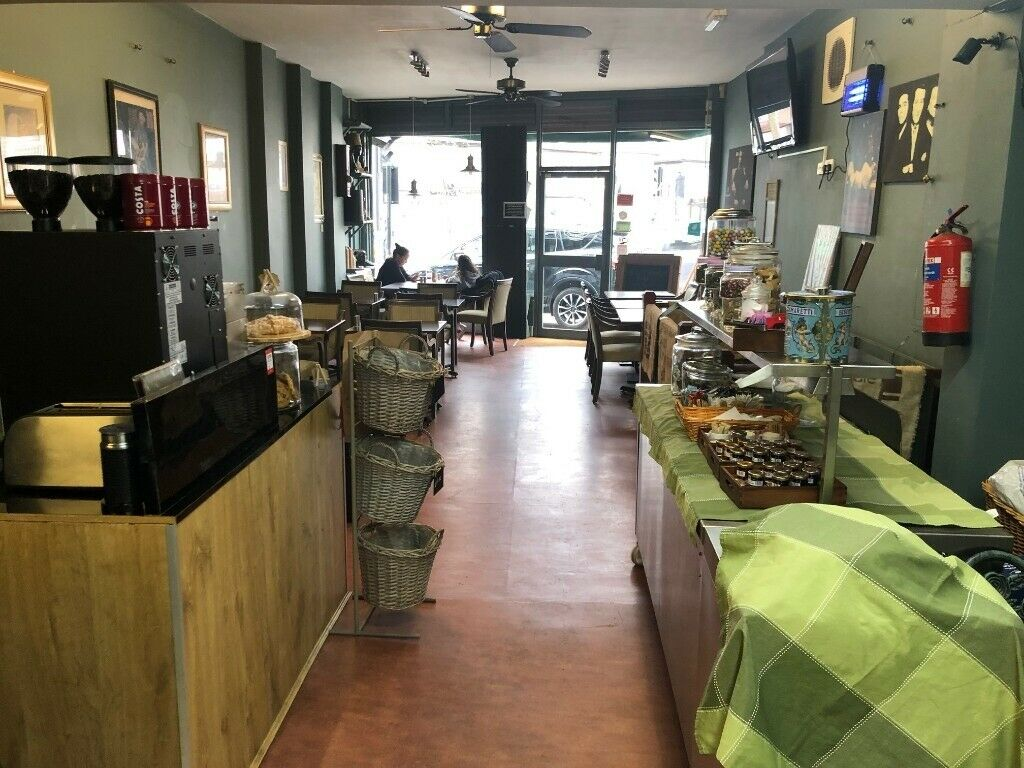 Amazing Eye Catching Corner Shop A3 Cafe for sale Lease in busy area of Leyton E10