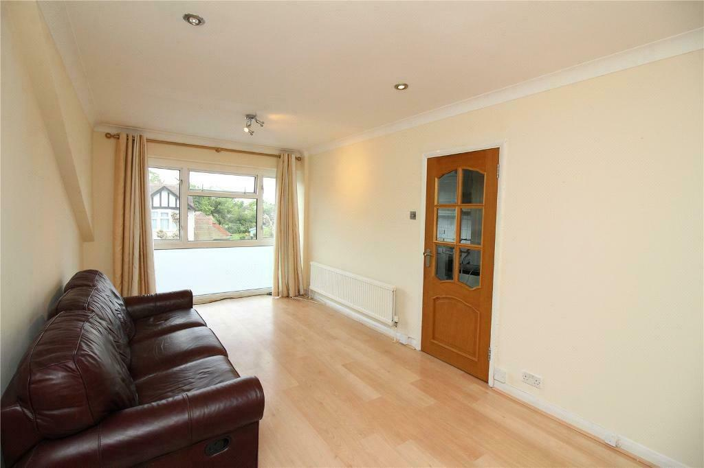 2 bedroom house in Langley Park, Mill Hill, London, NW7