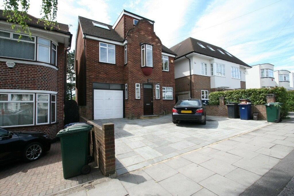 Rarely Available Sizeable Family Home in Hendon