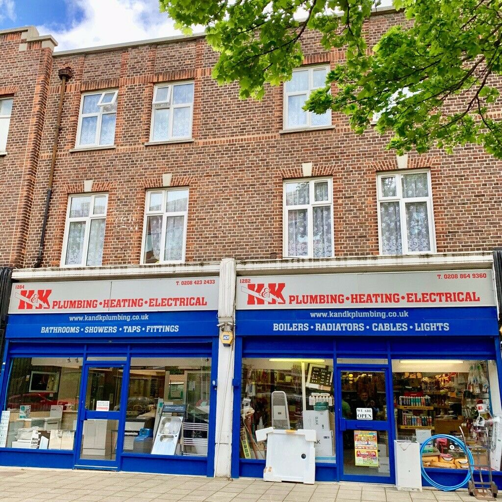 NEW MODERN 3 BED FLAT ABOVE SHOPS PART FURNISHED,7 MINS WALK TO SUDBURY HILL TUBE STATION TO LET