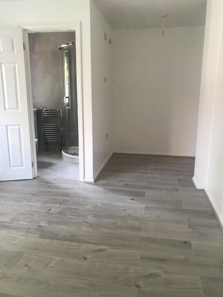 ** Huge 6 bedroom house in Manor Park, East London**